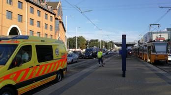 Pest megyében az esetek felében nem ér ki a mentő 15 perc alatt