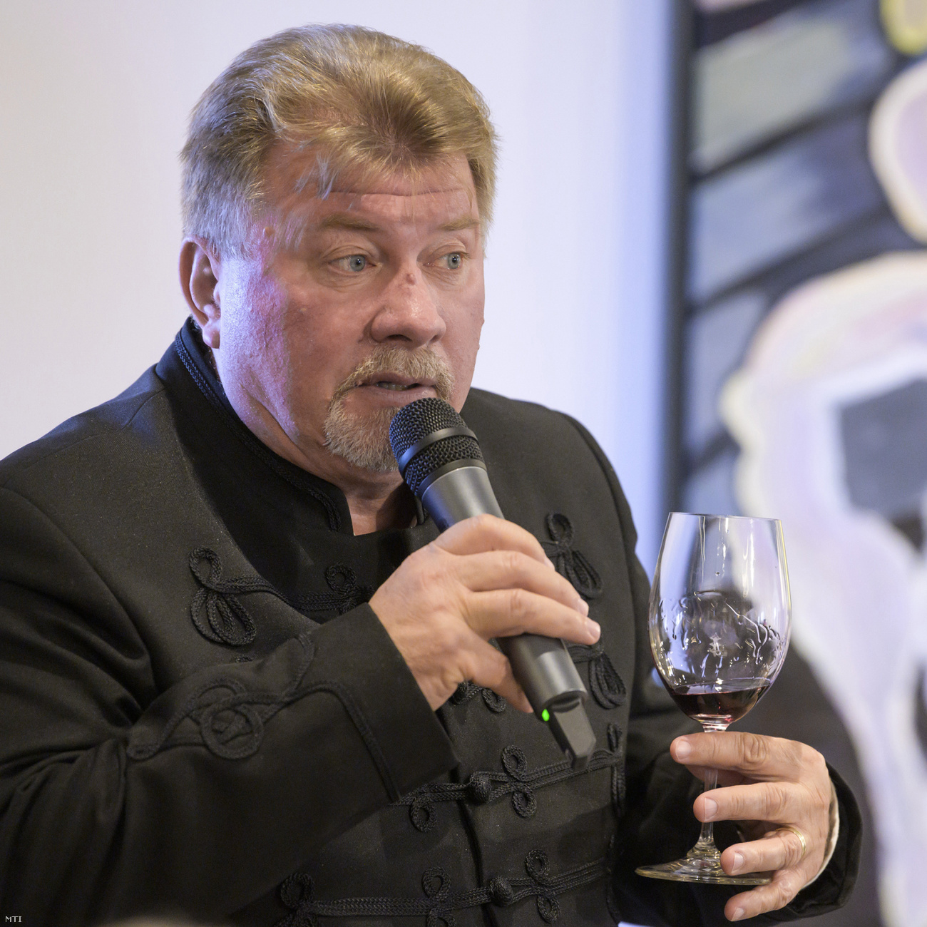 A kolozsvári születésű Balla Géza nyerte a 28. Év bortermelője Magyarországon címet