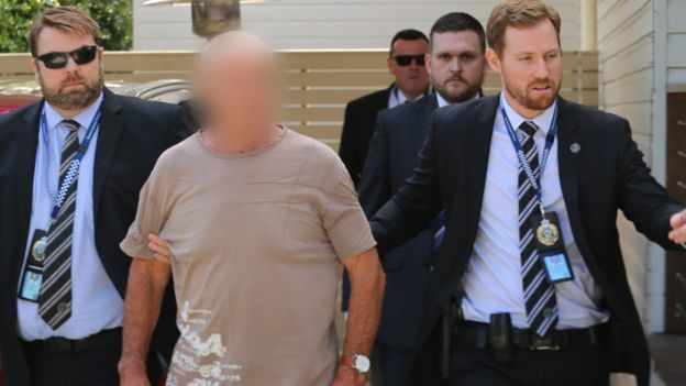 Chris Dawsont 2018. december 5-én őrizetbe vették