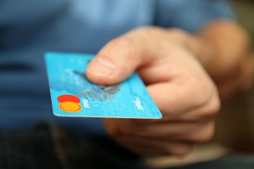 Egy életbevágóan fontos dolog, amit sokan elfelejtenek az online vásárláskor