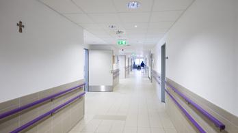 Nő a kórházi fertőzések száma, a kormány titkolózik