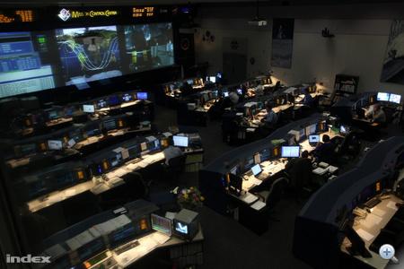 Itt tartják kézben az űrsiklóküldetéseket