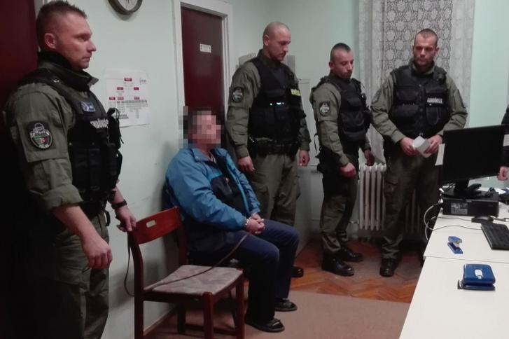 A rendőrök a letartóztatásban lévő K. Antalt emberölés bűntett elkövetésének megalapozott gyanúja miatt kihallgatták 2018. november 27-én