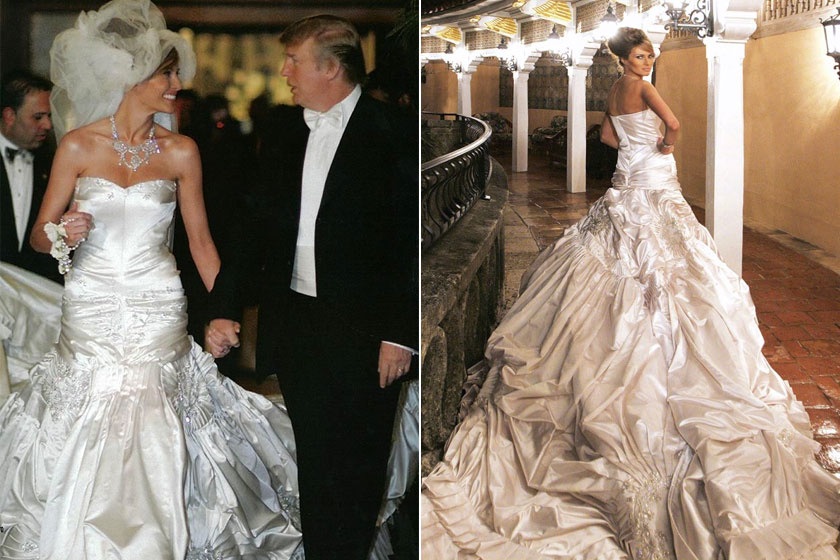 Melania a nagy napon egy 13 méteres uszályú, ékkövekkel és gyöngyökkel kivarrt Christian Dior-ruhát viselt, mely 200 ezer dollárba került. A fátyla 16 méter hosszú volt, a ruha súlya pedig 27 kg.