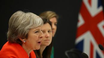 Theresa May: Van az én javaslatom, az alku nélküli távozás és a maradás