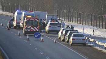 Életfogytiglant javasol az ügyészség az M5-ös autópályán gyilkoló török férfinak