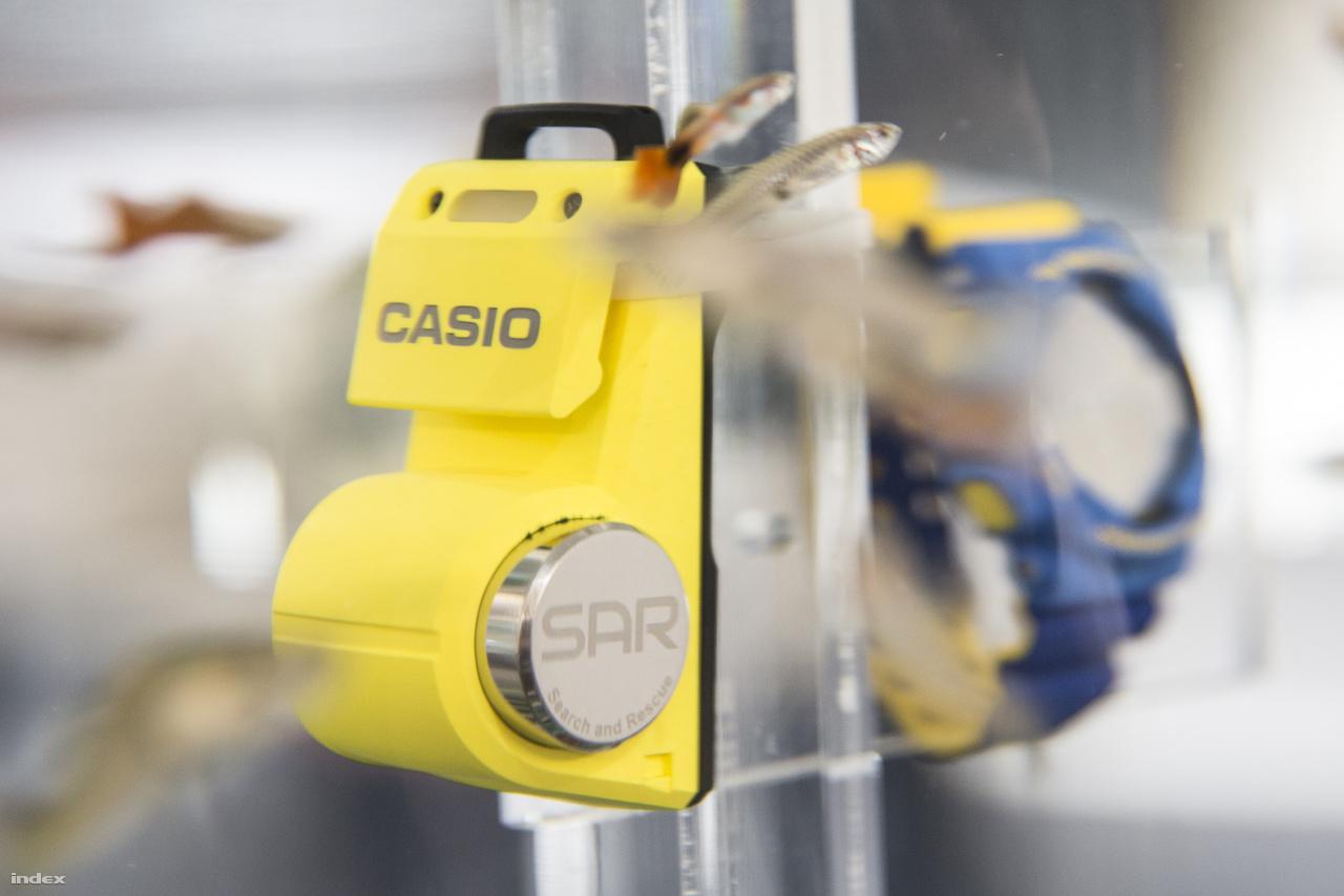 A Casio Logosease SAR (Search and Rescue) egy vízalatti walkie-talkie, amivel búvárok merülés közben is tudnak egymással kommunikálni.