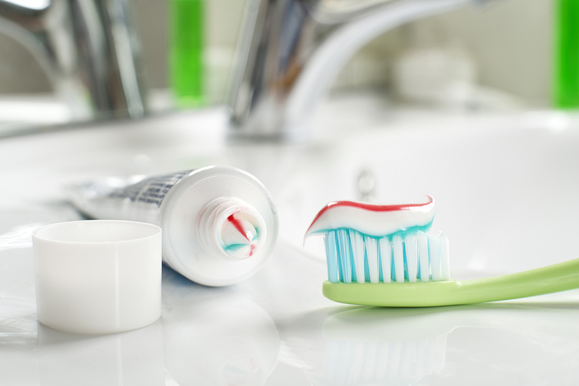 Miért nem jó a felnőttfogkrém a gyerekeknek? Fontos fogápolási tanácsok a gyermekfogszakorvostól