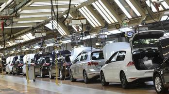 Drasztikusan csökkentik a VW-változatok számát