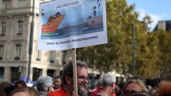 Nem menthet tovább az Aquarius a Földközi-tengeren