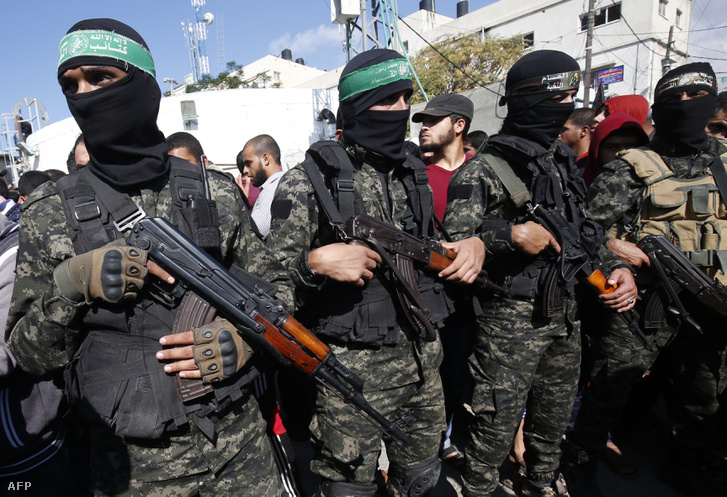 A Hamász katonai szárnyának tagjai