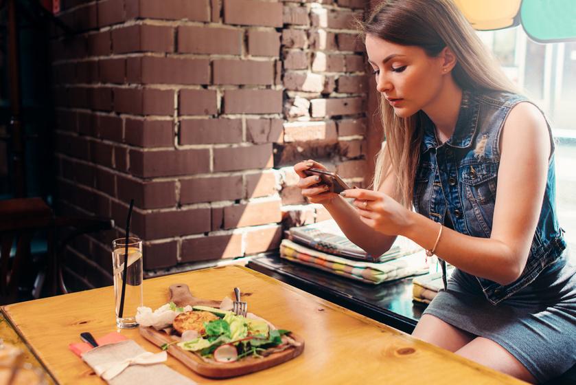 Miért tesz jót a fogyókúrának, ha lefotózod az ételt evés előtt? Így működik a képes étkezési napló