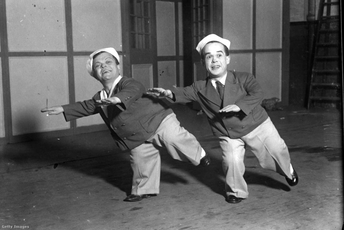 Zoli és Rolly a Wonder Circus színpadán a londoni Olympiában, 1930. december 21-én