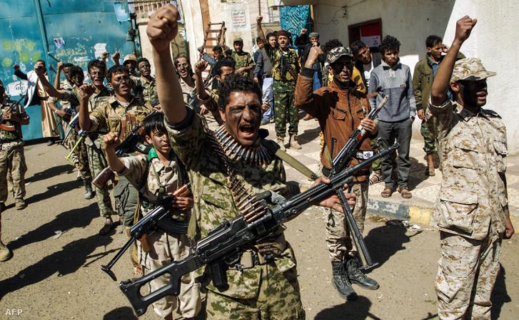 Újonnan felvett Huszi harcosok Saana fővásorban 2017. február 2-án