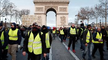 Hatalmas tüntetésre készül Párizs szombaton