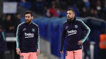 Csapattársai istenítették Messit, visszaszóltak Pelének