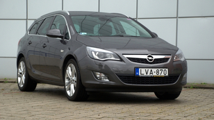 Opel Astra Sport Tourer 1.7 CDTi Cosmo