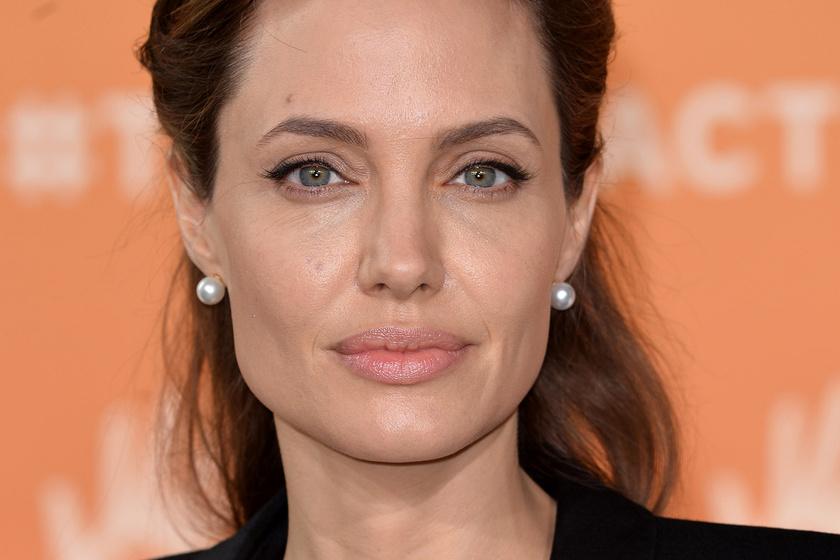 Angelina Jolie ikrei már ilyen nagyok - Mindjárt beérik anyukájukat magasságban