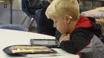 A képernyő szó szerint átalakítja a kisgyerekek agyát