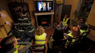 Sárga mellényes tüntetés: Macron minimálbér-emelést jelentett be