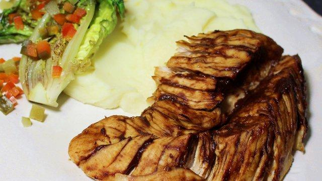 Különleges formájú pulykasült intenzív ízekkel