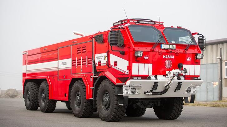 A cseheknek is van hasonló járművük, Tatra-alapokon