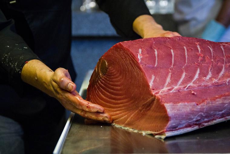 A hús minőségét egyébként objektív mérőskála segítségével állapítják meg, annak színe és állaga alapján