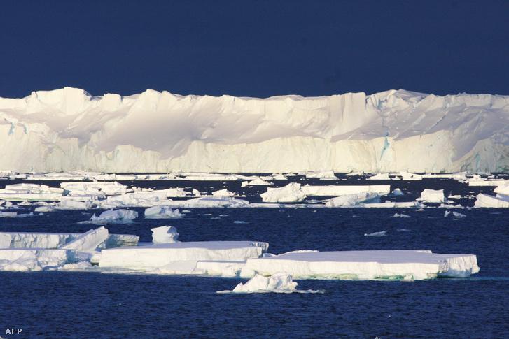 Kelet-antarktiszi régió legnagyobb gleccsere 2015. január 26-án CSIRO által publikált felvételen