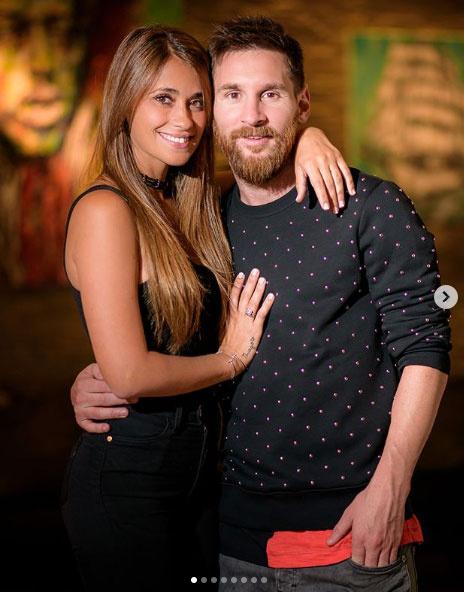 Ő Lionel Messi gyönyörű felesége, Antonella Roccuzzo.