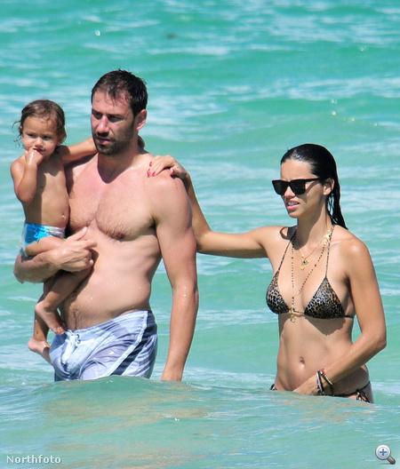 Marko Jaric, kislánya és felesége, Adriana Lima