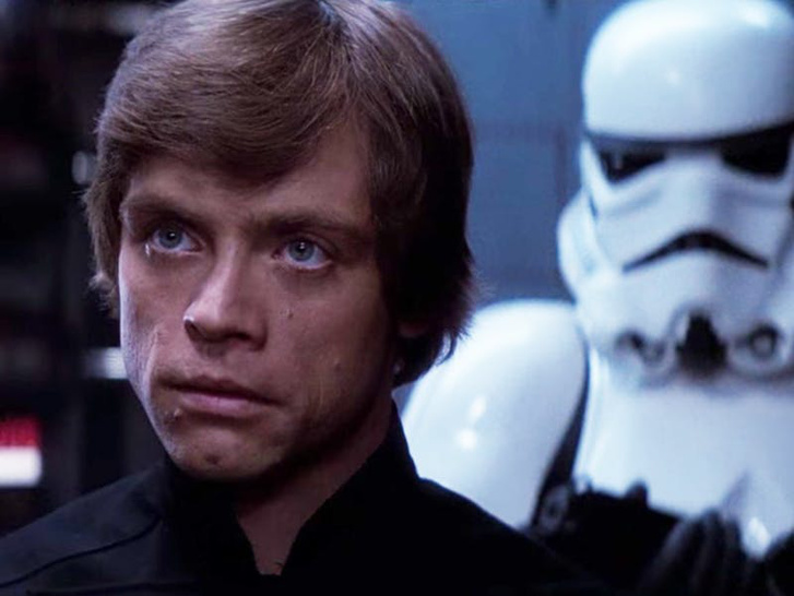 mark-hamill-has-a-sexy-theory-about-luke-skywalker-returning-to-