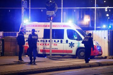 Lövöldözés volt kedd este nem sokkal nyolc óra előtt Strasbourg belvárosában. A városba érkezett Christophe Castaner belügyminiszter éjszakai sajtótájékoztatóján azt mondta, három halálos áldozat van, tizenketten pedig megsebesültek. Hat sérült állapota súlyos, hatan könnyebben sérültek.