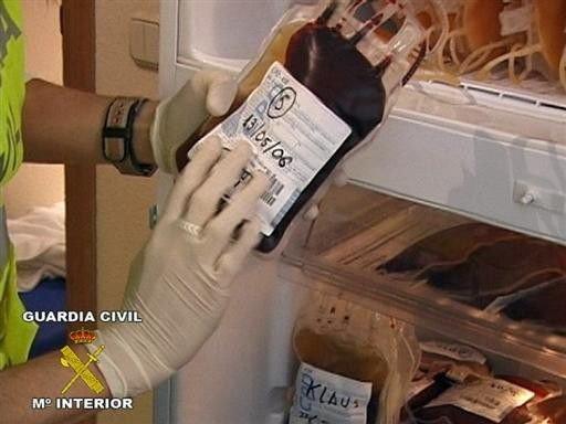 Lefoglalt vértasak a Fuentes doktor elleni nyomozásnál