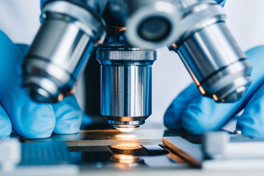 mikroszkop-kozelrol