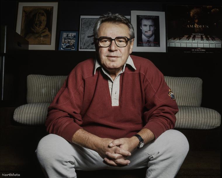 Miloš Forman cseh-amerikai filmrendező többek között a Száll a kakukk fészkére és a Hair rendezője volt