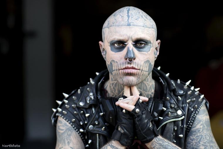 A képen látható fiatalember Zombie Boy néven lett ismert, az igazi neve Rick Genest volt, modellként dolgozott, mint tetoválásrekorder