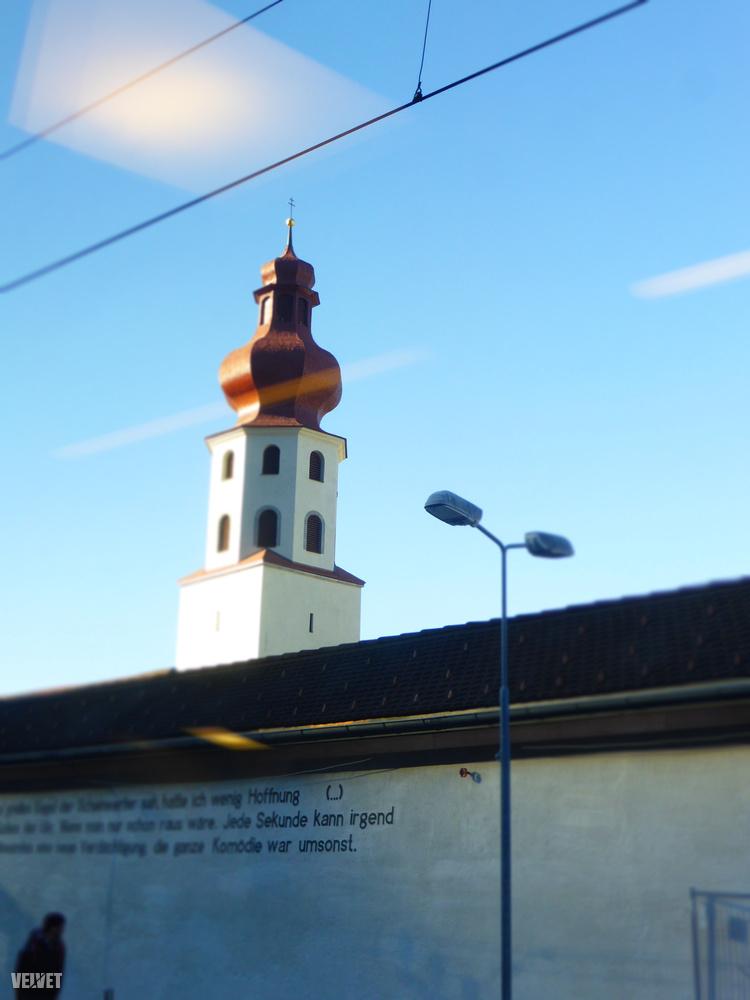 Ez Sargans, már közel a határhoz, de még mindig Svájcban.