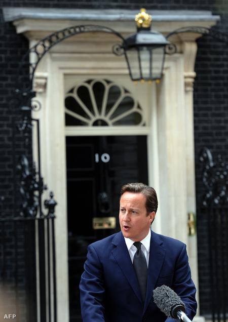 David Cameron bejelentése a Downing Street előtt