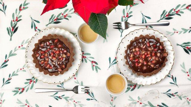 Dupla csokis gránátalmás karácsonyi mini torták