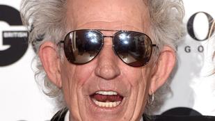Keith Richards egy életre lemondott az alkoholról és a drogokról