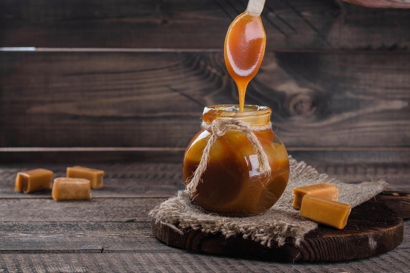 Selymes, tejszínes karamellás szósz: sütikhez és önmagában is mennyei
