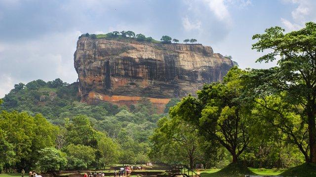 A Sigiriya szikla és ókori kertek