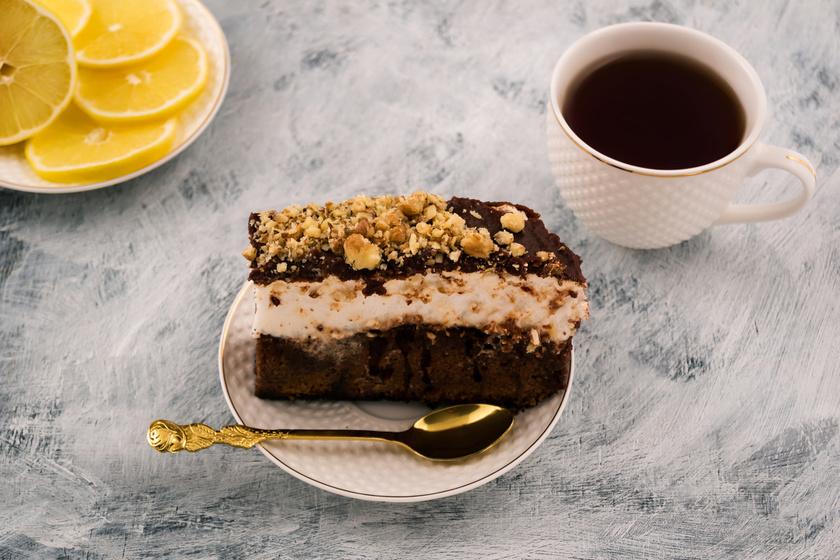 Veszélyesen habos, csokis süti: mennyei finomság