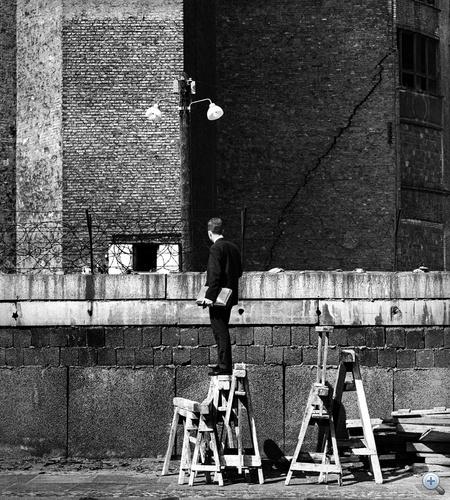 Robert Häusser képei a megosztott városról