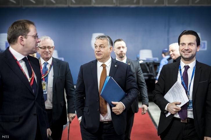 Orbán Viktor kormányfő érkezik az EU-csúcs második napjára 2018. december 14-én