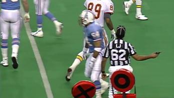 1993-ig pisztollyal mászkáltak a pályán az NFL-bírók