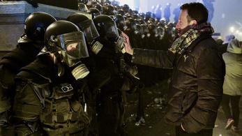 22-en vannak őrizetben a tüntetések után