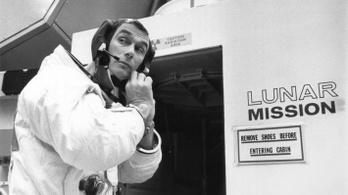 Prosztatamasszázs mentette meg az utolsó holdküldetést