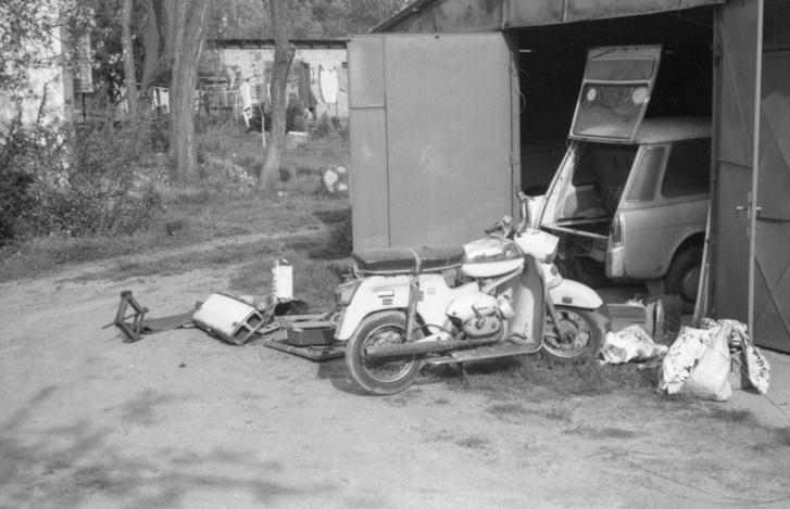 Valamikor 1998-99 táján, amikor egy kolléganő garázsában szedtem szét a Bianchit a Gubacsi úton