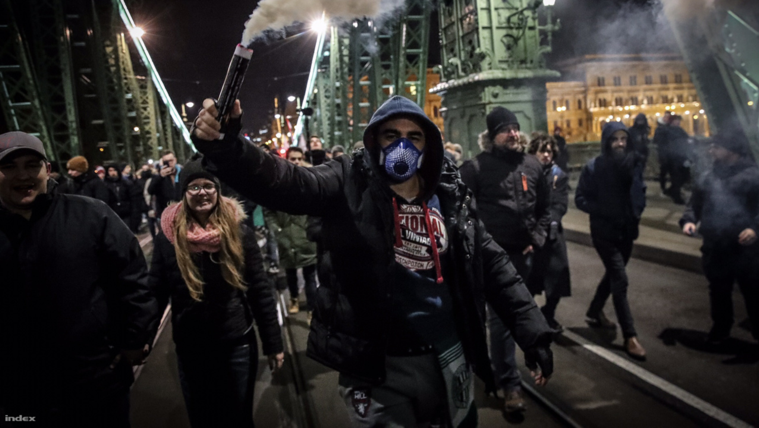 Összellenzéki tüntetés (élő adás, 2.rész)